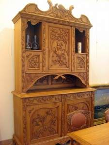 Антиквариат – мебель