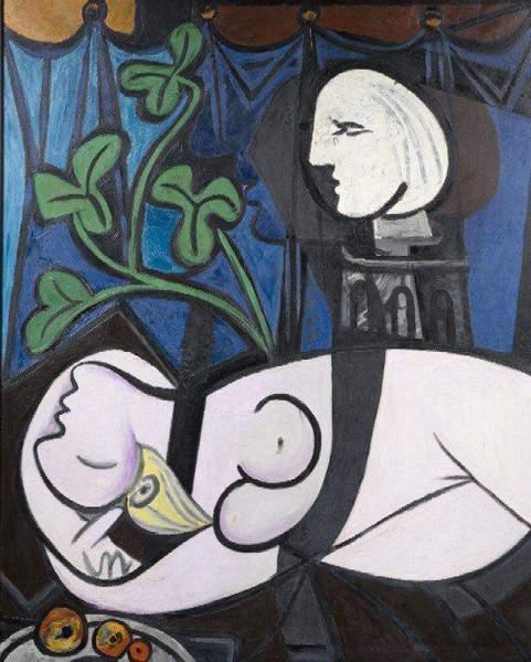 П. Пикассо «Обнаженная на фоне бюста и зеленых листьев»