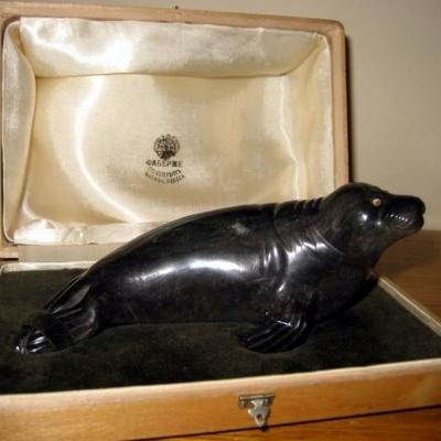 НЕТ В НАЛИЧИИ - лот №M000161 Фигурка тюленя