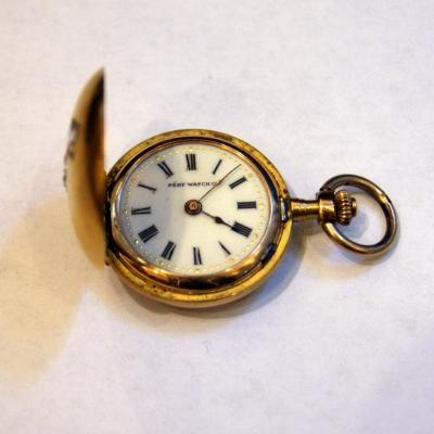 """лот №C000147 Часы карманные женские """"Pery Watch"""" -"""