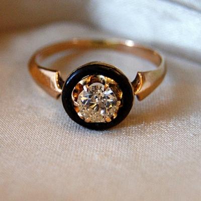 лот №J000378 Кольцо с черной эмалью