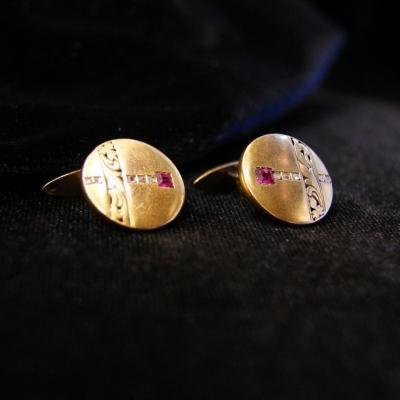 лот №J000210 Запонки с рубинами и алмазами