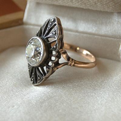 НЕТ В НАЛИЧИИ - лот №J000402 Кольцо с бриллиантом