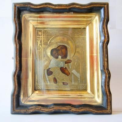 лот №I000208 Икона Владимирской Божией Матери