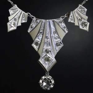 Ювелирные украшения стиля ар-деко, антиквариат